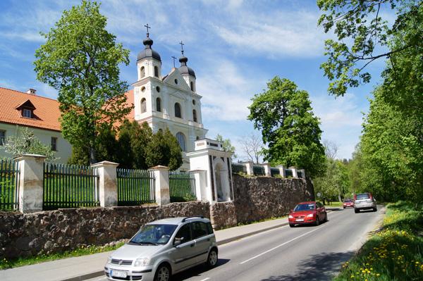 Perła Trynopola — dawny kościół św. Trójcy z klasztorem Trynitarzy Fot. Marian Paluszkiewicz
