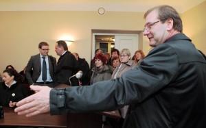 W poniedziałek Wiktor Uspaskich uczestniczył w toczącym się w Wileńskim Sądzie Okręgowym procesie sądowym Partii Pracy<br/>    Fot. ELTA