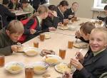 Należy mówić o zasadach zdrowego odżywiania się już od najmłodszych lat ― nie tylko w szkołach, ale też w rodzinach  Fot. Marian Paluszkiewicz