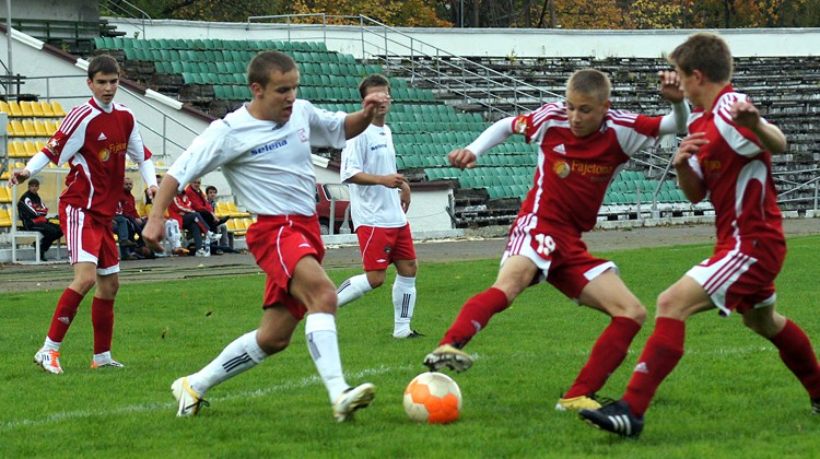 W I lidze Polonia Wilno grała przez dwa sezony ― w roku 2012 i 2013. W debiutanckim sezonie drużyna zajęła 5. lokatę