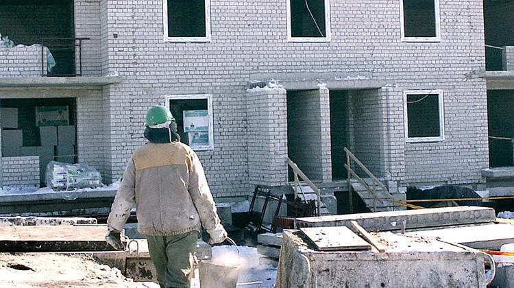 """Na Litwie najwięcej pracujących """"na czarno"""" znajduje zatrudnienie na budowie     Fot. Marian Paluszkiewicz"""