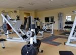Klub o powierzchni ponad 200 m²  wyposażony jest w różnorodny sprzęt sportowy
