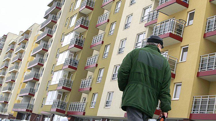 W dyspozycji samorządu stołecznego jest 1300 mieszkań socjalnych Fot. Marian Paluszkiewicz