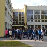 W gimnazjach w Podbrzeziu i Mickunach ulepszone środowiska nauki