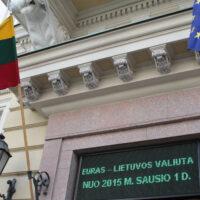 2 lata euro na Litwie: wysokie ceny, niskie płace