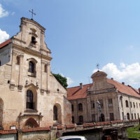 Powrót franciszkanów wileńskich w stare mury swego klasztoru