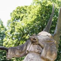 Na cmentarzu Bernardyńskim odłamanej głowy anioła historii ciąg dalszy
