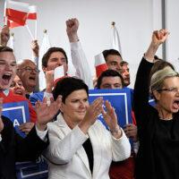 W Polsce odbyła się I tura wyborów  samorządowych: zdecydowanie wygrał PiS