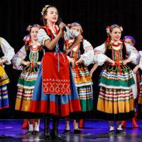 """Śpiew i taniec łączą pokolenia – """"Świtezianka"""" obchodzi 40. urodziny"""